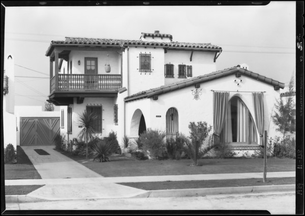 Street scenes from Leimert Park, 68th Street and 69th Street, Southern California, 1929