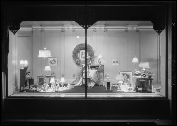 Christmas windows, Robinsons, Southern California, 1929