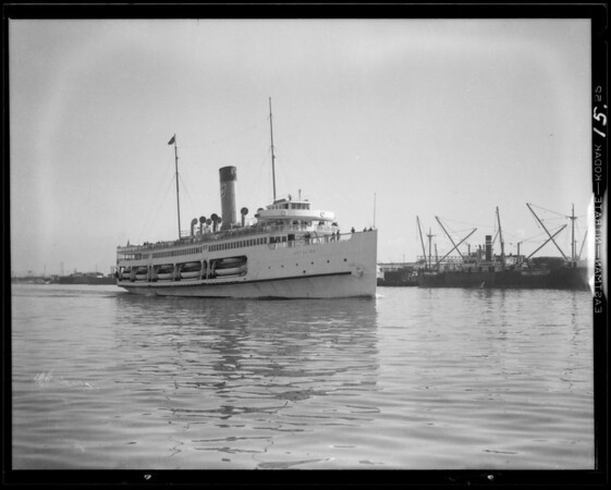 Views at harbor, San Pedro, CA, 1931