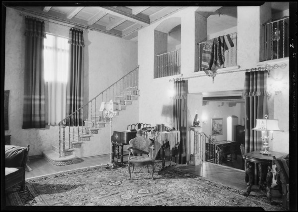 Bungalow in May Co. store, Southern California, 1930