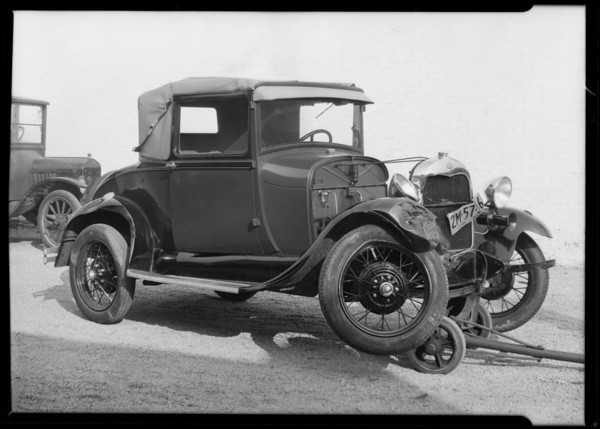 Mrs. Merney's wrecked coupe, Southern California, 1930