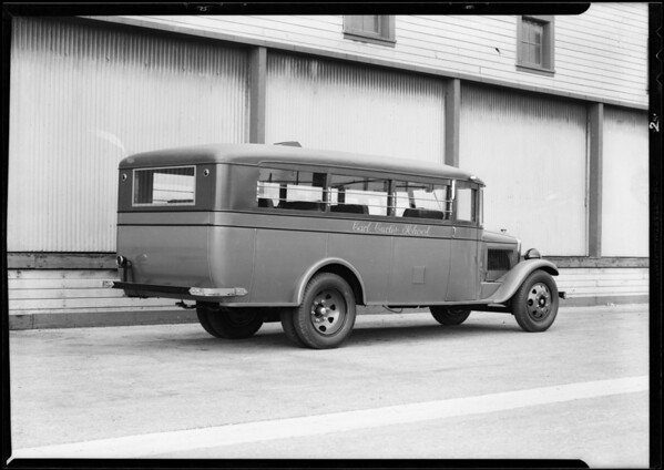 Carl Curtis school bus, Southern California, 1931