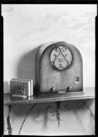 New table model, Plymouth Radio Corporation, Southern California, 1930