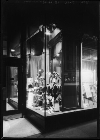Clearance sale windows, Broadway Department Store, Los Angeles, CA, 1928
