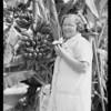 Banana tree at 6028 South Kiniston Avenue, Los Angeles, CA, 1928