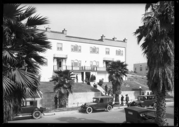 Crowd at 140 North New Hampshire Avenue, Los Angeles, CA, 1925