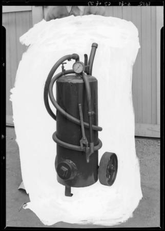 Grease gun, Southern California, 1925