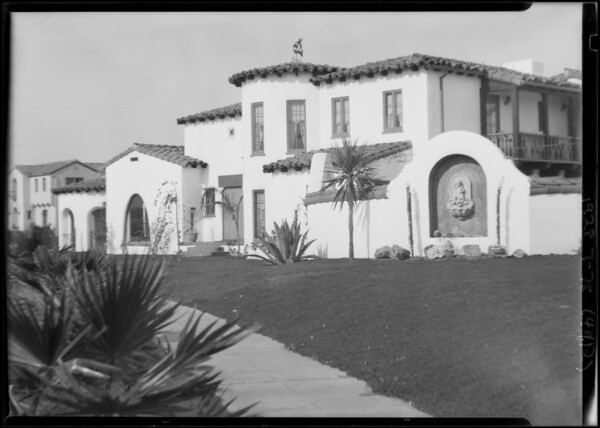 Houses at 303 Hargrave Street and Deane Avenue & Angeles Vista Boulevard, Southern California, 1928