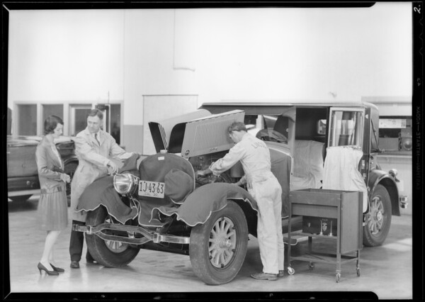 Service department & service manager at Beverly Hills branch, Southern California, 1930