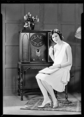 Patricia O'Grady and radio, Majestic Radio, Southern California, 1929