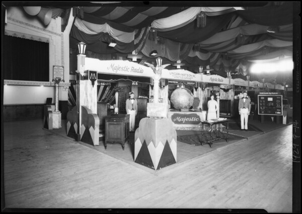 Majestic Radio show booth, Southern California, 1929
