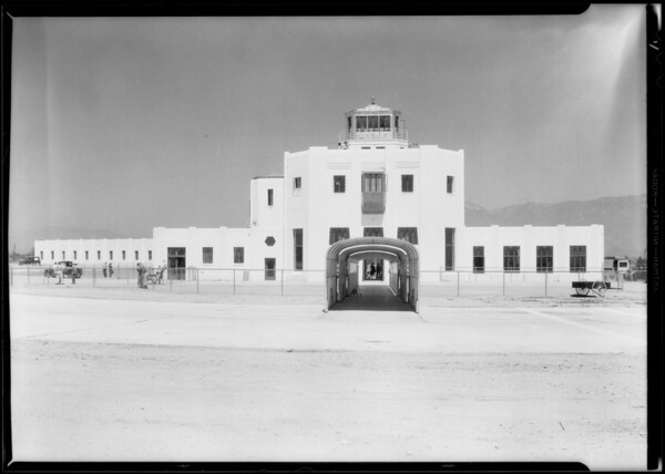 Western Air depot and hanger shots, Southern California, 1930