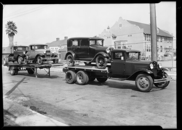 Truck and trailer, showing attacked and detached, Taylor Truck-a-Way, Southern California, 1930