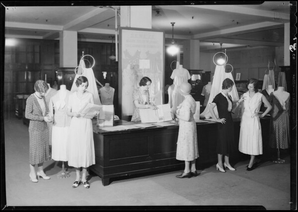 'Seweze' dressers, Mr. Rollinger, Los Angeles, CA, 1931