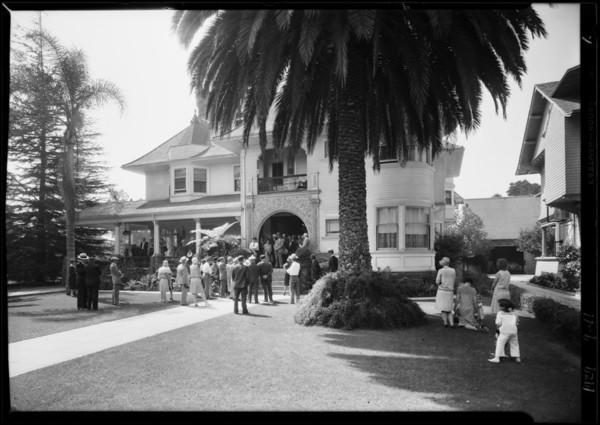 Crowd at sale, 834 West 28th Street, Los Angeles, CA, 1929
