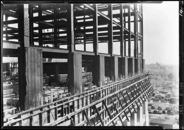Construction of new County Hospital, Los Angeles, CA, 1929