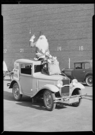 Walker's kiddies & Santa Claus, Southern California, 1930