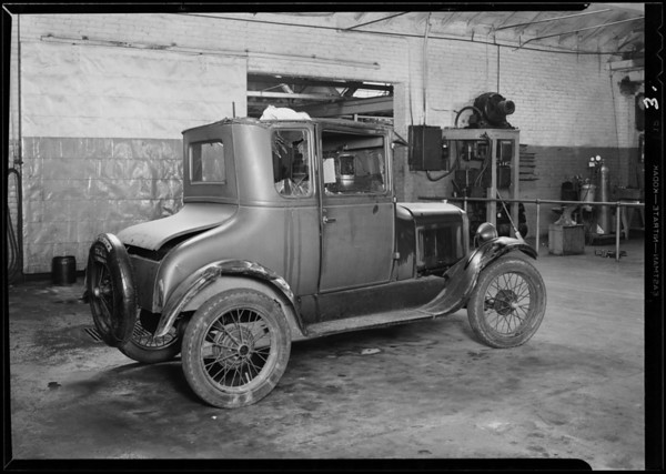 Ford at Flemings garage, 1823 East 1st Street, Southern California, 1930