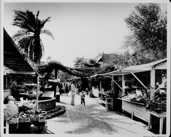 Olvera Street, old town Mexican Center, kiosks