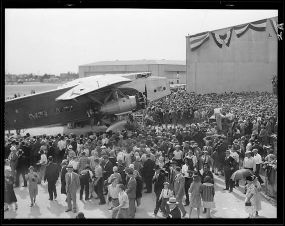 Western Air depot and hanger shots, Southern California, 1930