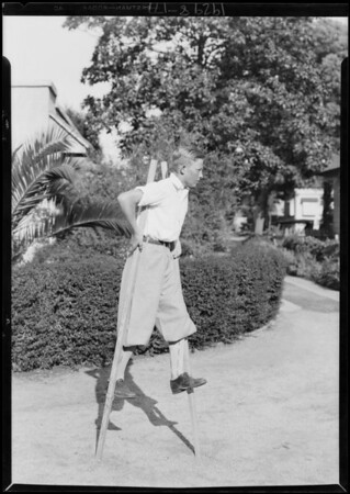 Darwin on stilts, Southern California, 1929