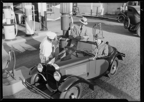 Austin filling up on economy for test run, Wilshire Oil Co., Southern California, 1930