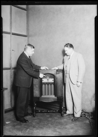 Officials and radio, H. R. Curtis Co., Southern California, 1931