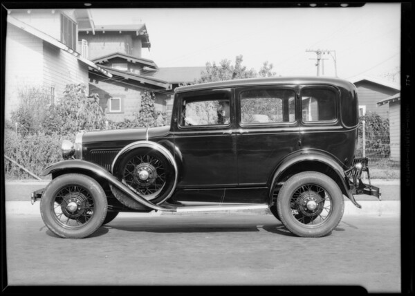 Ford sedan, Roberts Devices Co., Southern California, 1931