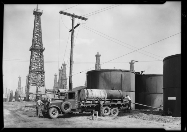 Carmean Trucking Co. trucks at Signal Hill, CA, 1929