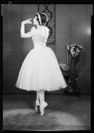Miss Celia Mae Fischer, toe dancer, etc., Southern California, 1929