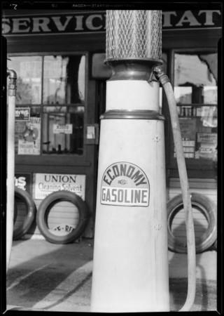 Service station attendant etc., Southern California, 1931