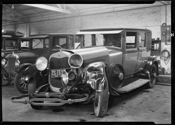Lincoln sedan, Southern California, 1931