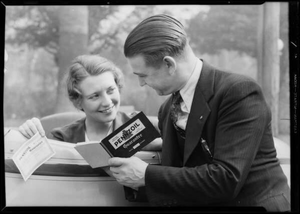 Marmon and Auburn signing Pennzoil guarantee, Southern California, 1931