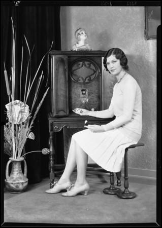 Patricia O'Grady & radio, Southern California, 1929