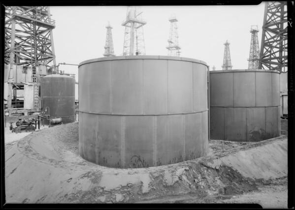 Tanks at Signal Hill, CA, 1929