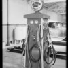 Grease rack, Gray's garage, Hollywood, Los Angeles, CA, 1931