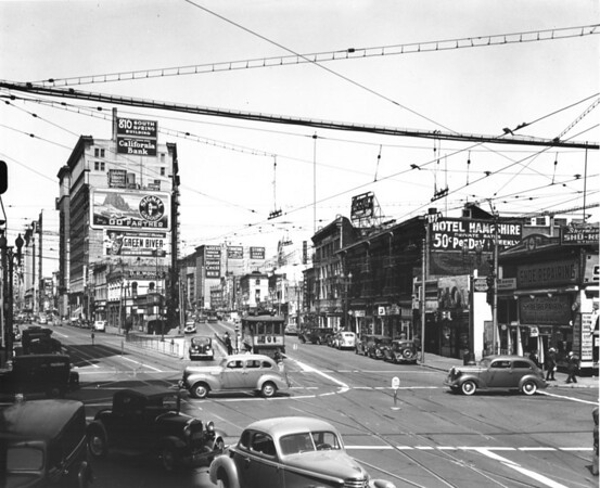 Main Street looking north at Ninth Street, 810 South Spring Street, Hotel Hampshire, Hotel Cecil, Hotel Chandler