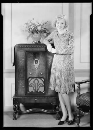 Mary Kornman & radio, Southern California, 1930