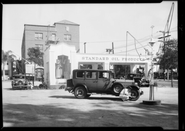 Standard service station installation, Southern California, 1931