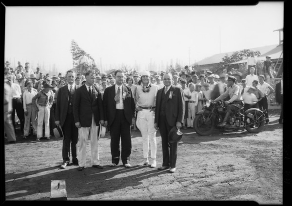 Gladys O'Donnell & committee of Long Beach men at airport, Long Beach, CA, 1929
