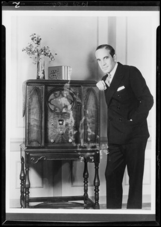 Al Jolson, new model Majestic, Southern California, 1929