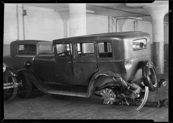 Wrecked Oldsmobile coupe and sedan - File #A4630, Southern California, 1931