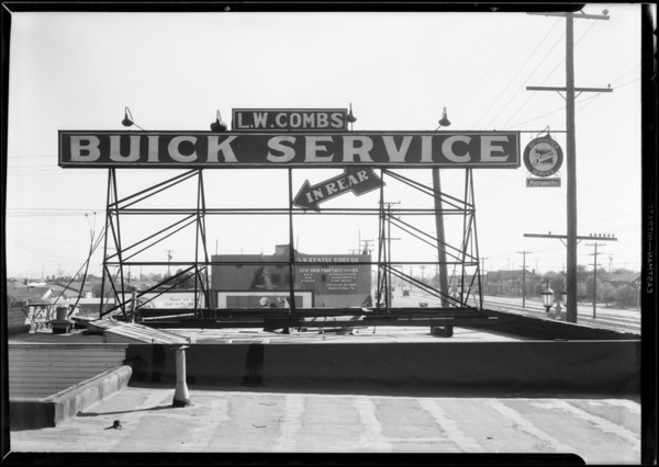 L.W. Combs Buick sign, Southern California, 1931