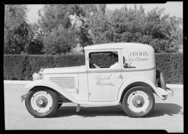 Adohr creamery car, Austin Los Angeles Co., Southern California, 1930