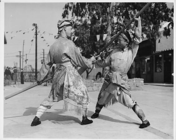 Chinatown, fighting demonstration, costumes