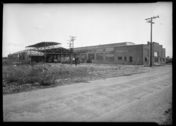 Factory shots at Baldwin Park, Steel Furniture Manufacturing Co., Baldwin Park, CA, 1930