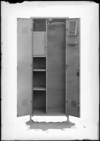Locker for shipping, Southern California, 1930