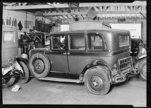 Wrecked Nash, Milligan Newell Corporation, Southern California, 1929