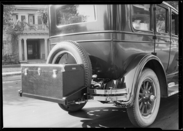 Standard safety bumpers, trunk racks on Buick, Southern California, 1926