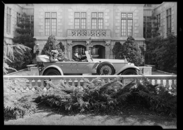 Cars for Johnston's Way advertising, Southern California, 1930